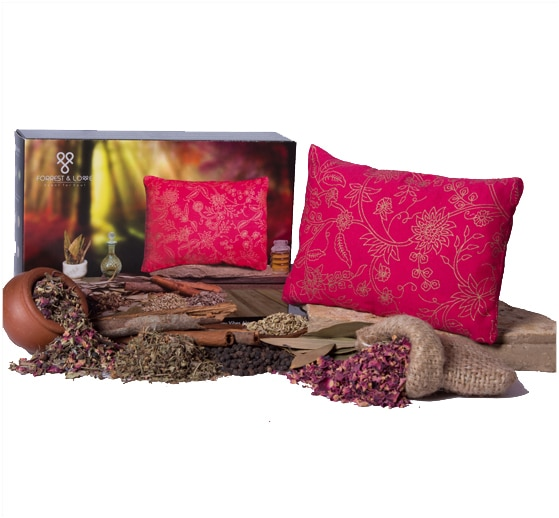 """"""" For we truly believe that the nature's pure fragrances have the powder to uplift us, calm and relax us, harmonise and balance our emotions, relieve physical symptoms of imbalances and improve many basic physical and psychological functions. It is this understanding that led us to create Forrest & Love Aroma Cushions.With our cushions we are striving to share this vast knowledge of aromatherapy and its magical benefits that will help us in restoring balance of mind, body and spirit """"  Forrest & LoveEnergy Vibes Aroma CushionSimply place the Envi Cushion at your work desk, study table or beside your sleep pillow and let its vibrant energetic aromas boost you with self confidence and rejuvenate you with postive thoughts. With the Envi cushion by your side, you have the power to win the day.MintFennel SeedsEucalyptusLemongrassBlack PepperCinnamonDried RoseJuniper BerryBergamot"""