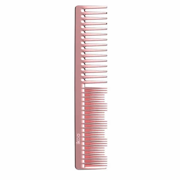 Our comb is suited up with a duo function that gives you the control on teasing your hair to different heights or detangling any stubborn knots.Best Features- Ergonomic - No Static - Vegan + Animal Cruelty-FreeDesign & FunctionWhy choose one function if you can have two? Use the side of the comb where the comb is thinnest to tease hair and the wider side to detangle hair painlessly and easily.How to UseWide-toothed section Detangle dry or wet hair Double-toothed section Tease and lift roots